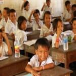 Cambodia+classroom+banner3