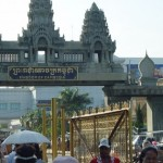 Border_Crossing_Poi_Pet_Cambodia-560x315